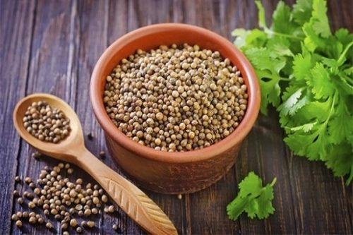hạt mùi già nhiều công dụng chữa bệnh