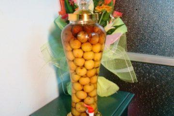 Cách ngâm rượu táo mèo tươi chuẩn nhất tại nhà ai uống cũng mê