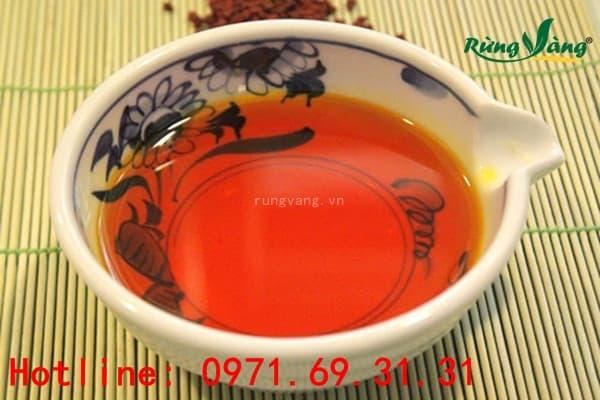 Các món ăn dùng dầu điều đỏ
